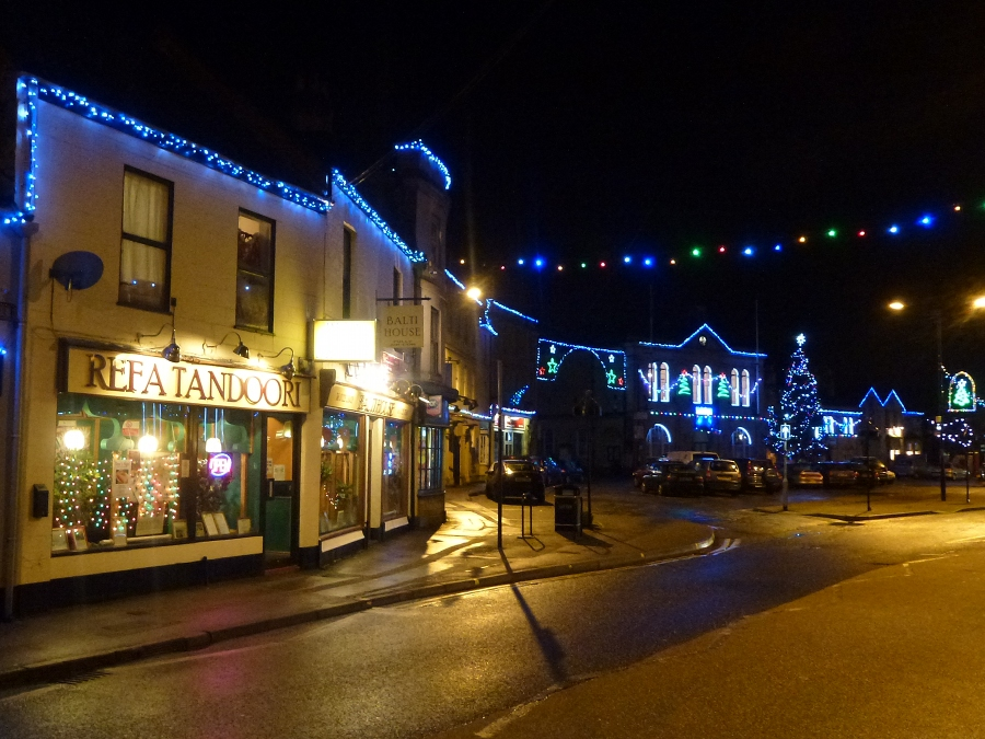 Refa Tandoori, Market Square and Christmas lights, Melksham